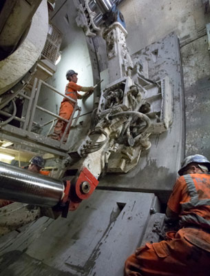 Installing segments in western tunnel