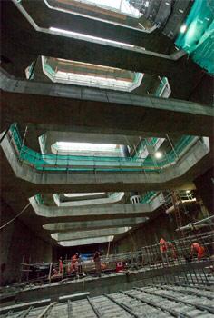 Heavy construction of the Stepney Green shaft