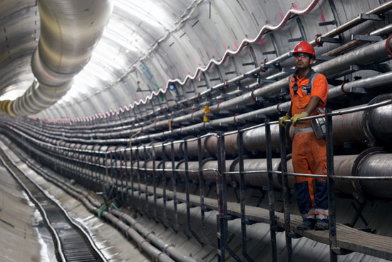 First tunnel under the Thames complete